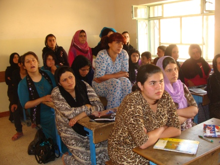 Mobile Teams betreuen Frauen und Kinder in abgelegenenRegionen