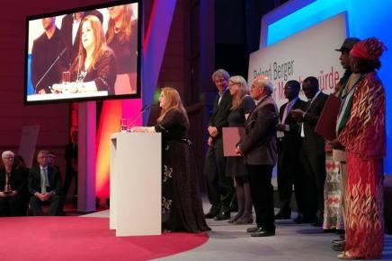 Entgegennahme des Roland Berger Preises fürMenschenwürde